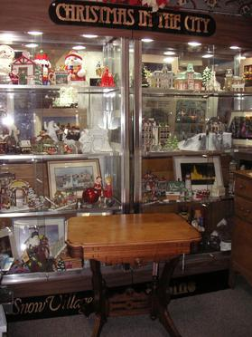 West Saint Paul Antiques